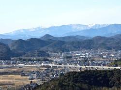 小津権現山とi揖斐の山と東海